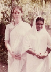 Gail Tredwell and Mata Amritanandamayi