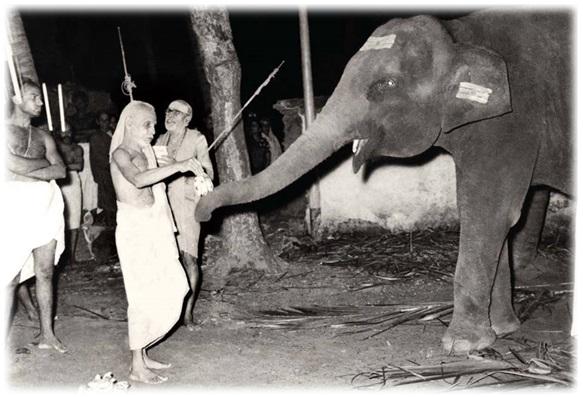 Kanchi Paramacharya Shri Chandrashekarendra Sarawathi