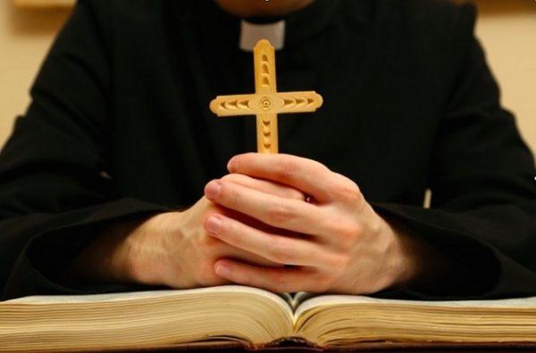 Hypocrisy Rape When Hindu Blessings when Christian 1
