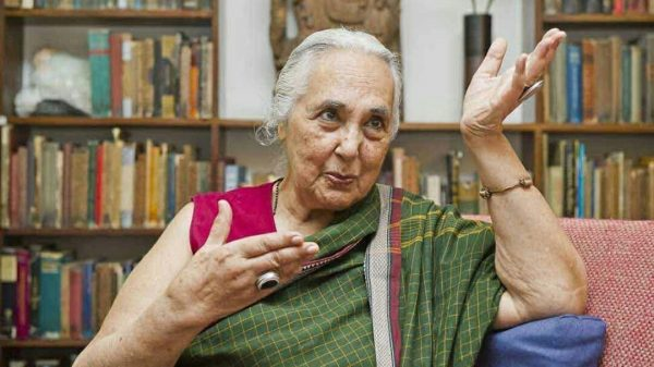 Left-Liberals Romila Thapar 000