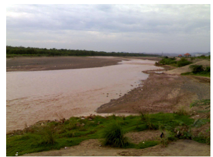 The seasonal, intermittent Ghaggar-Hakra River is what is left of the once-mighty Sarasvati.